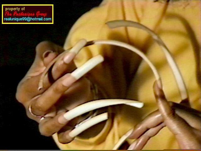 фото самые большие ногти в мире