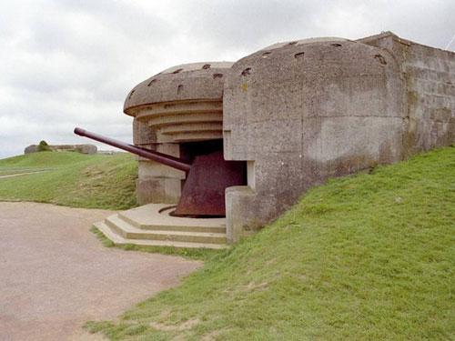 Музей штурма Нормандии союзниками (12 фото)
