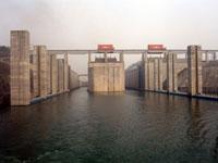 3 ущелья- самая большая плотина в мире