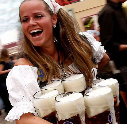 Пивной фестиваль в Мюнхене (15 фото)
