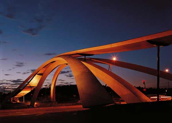 Самые необычные мосты мира 12 фото