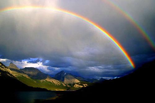 Двойная радуга исполняющая желания