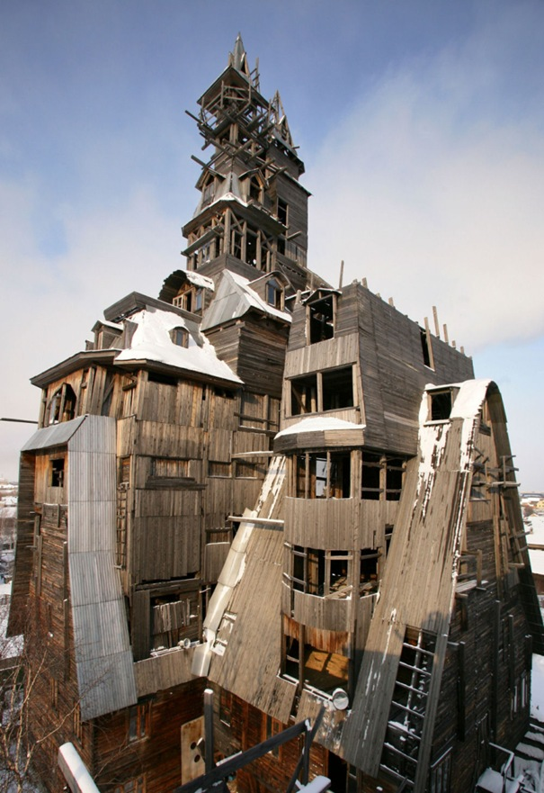 31. Wooden Gagster House (Archangelsk, Russia)