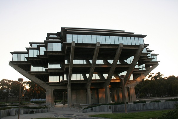 48. UCSD Geisel Library (San Diego, California, United States)