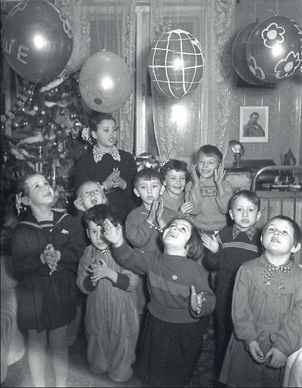 Новый год в СССР (66 ретро фото)
