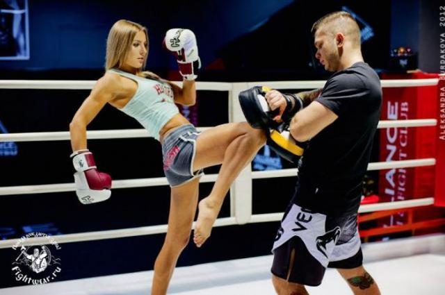 http://s.spynet.ru/tru/pics5/20121019/real_punch_35.jpg