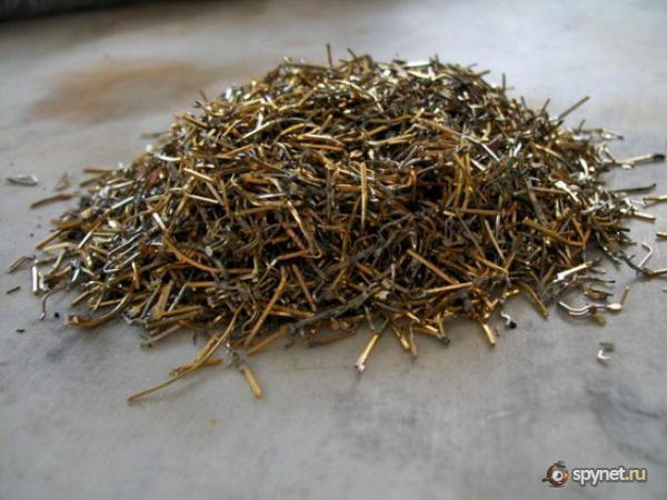 Добываем золото из материнских плат (18 фото)
