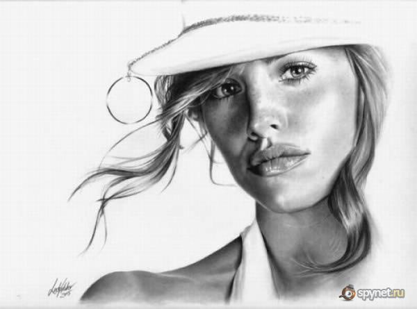 Девушки, нарисованные карандашом (54 рисунка)