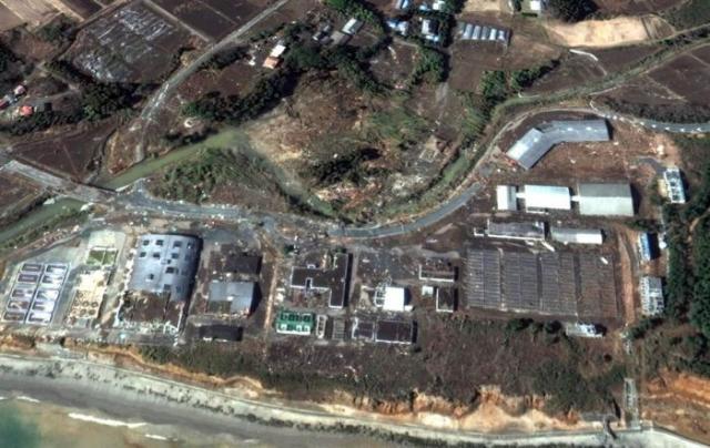 Япония до и после цунами, вид со спутника (42 фото)