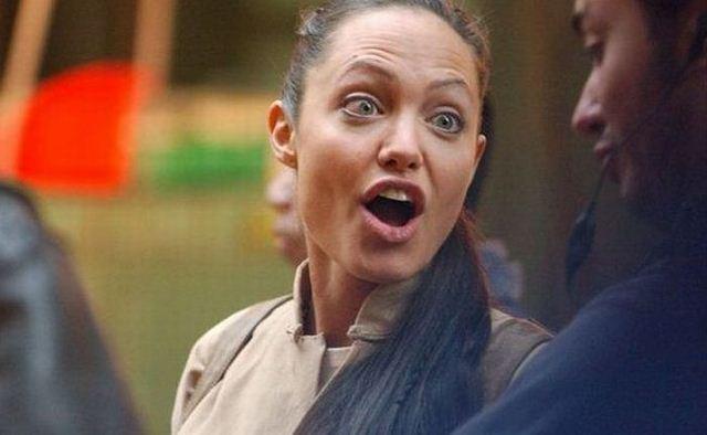 Забавные и весёлые фото Анджелины Джоли